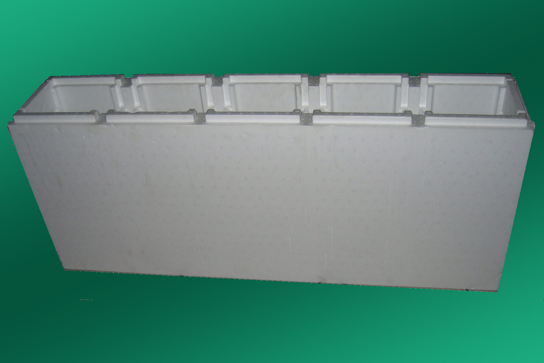 Piscine et pool avec des blocs de polystyrene for Piscine 25m prix